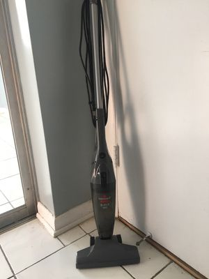 Vacuum (Small) for Sale in Fort Lauderdale, FL