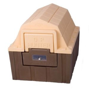 DP Hunter Insulated Dog House for Sale in Chicago, IL
