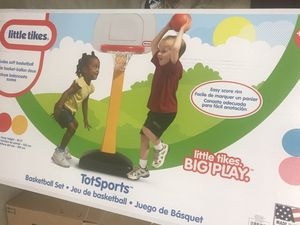 BRAND NEW LITTLE TIKES TOT SPORT BASKETBALL for Sale in Cleveland, OH
