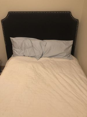 Full size mattress & Full size box spring for Sale in Tuscaloosa, AL