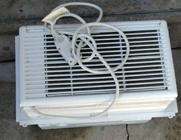 LG Window AC Units (Used for a few Months)