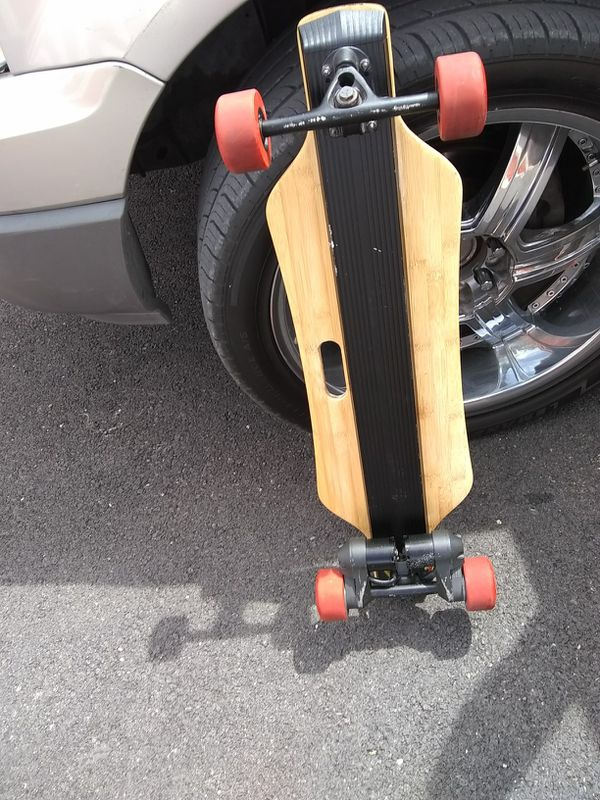 1800 watts Bench wheel double motor electric skate board