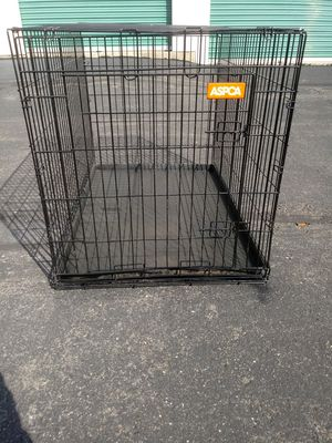 Sturdy strong dog crate clean new ready to use the Deivery is possible today also includes bottom tray for Sale in Philadelphia, PA