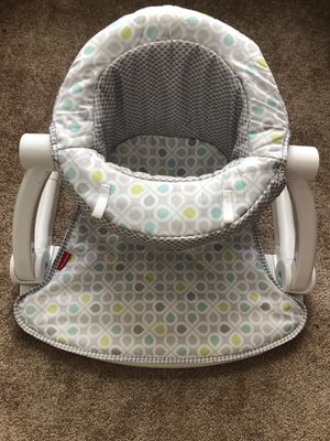Fisher Price Sit Me Up Floor Seat for Sale in Suffolk, VA