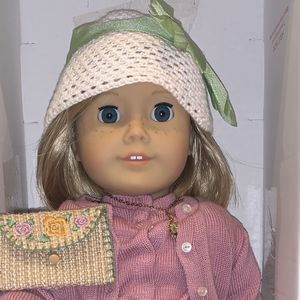 American Girl Doll - Kit RETIRED Mint Condition for Sale in Simi Valley, CA