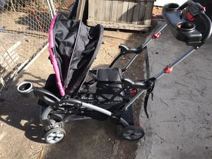 Sit and stand baby trend stroller for Sale in Colton, CA