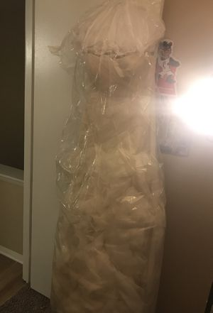 Vera Wang Wedding Dress for Sale in Columbus, OH