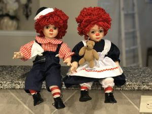 Vintage Porcelain Pair Raggedy Ann dolls Glass Eyes eyelashes! Collectible doll for Sale in Cypress, TX