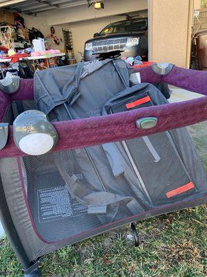 Eddie Bauer pack n play for Sale in Moreno Valley, CA