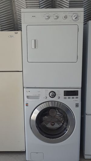 Beautiful Kenmore gas dryer LG washer set for Sale in Oceanside, CA