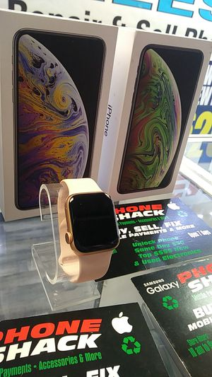 Apple watch series 5 40m for Sale in Tinley Park, IL