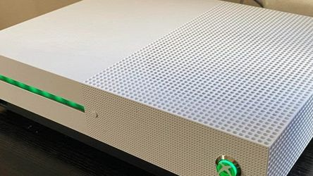 e Xbox One S All-Digital Edition is an excellent option for people who prefer buying digital copies of their games and would rather not have a bunch o for Sale in Tacoma,  WA