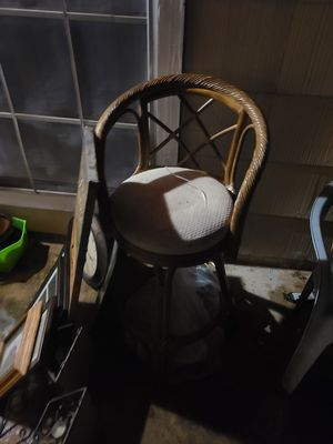 Picture frames/wall decor/ bar stool for Sale in San Antonio, TX