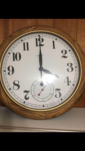 Antique Howard Miller Clock for Sale in Alexandria, VA