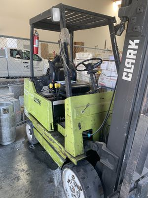FORKLIFT FOR SALE for Sale in March Air Reserve Base, CA