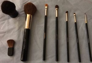 Chanel Makeup Brushes- $100 Cash; Pick-up Only in Clovis, No delivery! for Sale in Fresno, CA