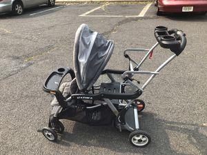 Double stroller for Sale in Bloomfield, NJ