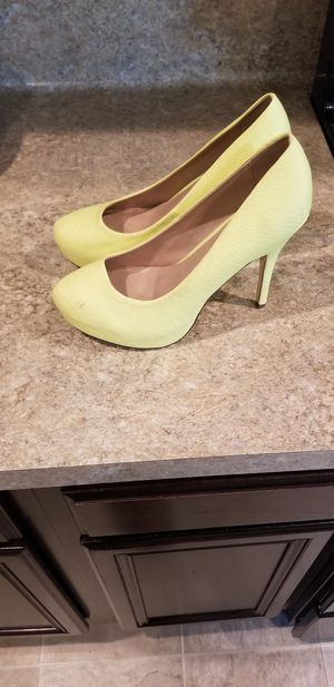 Womens Yellow Dress Shoe for Sale in Spring, TX