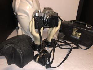 Vintage RICOH 126C flex camera with case very nice for Sale in Dublin, OH