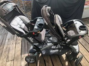 Baby trend double stroller in great used condition, gray and white. for Sale in Riviera Beach, FL