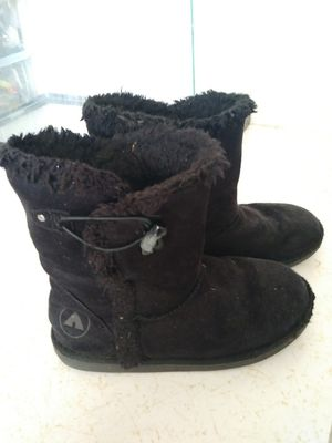 Girl winter boots for Sale in Cape Coral, FL