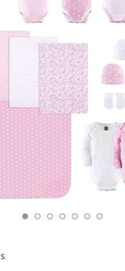 Brand New 0-3 Month Girl Cloths for Sale in Phoenix,  AZ