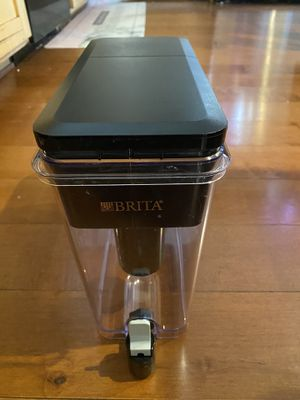 Brita Ultra Max Filtering Dispenser, Extra Large 18 Cup, Black for Sale in Redmond, WA