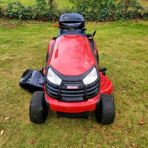 Craftsman YTS4000 Riding Mower for Sale in Fort Washington, MD