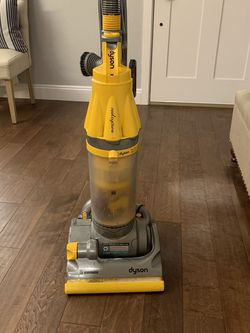 Dyson Vacuum for Sale in Snohomish,  WA