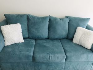 Teal couch and loveseat with ottoman (Serious Buyers Only Please) for Sale in UPR MARLBORO, MD