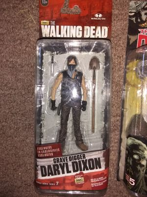 WALKING DEAD ACTION FIGURE LOT BRAND NEW (4 total) for Sale in Tempe, AZ