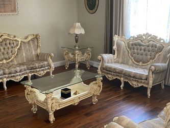 Furniture for Sale in North Olmsted,  OH