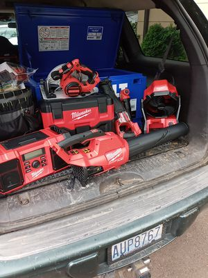 18 v Milwaukee tools for Sale in Oregon City, OR