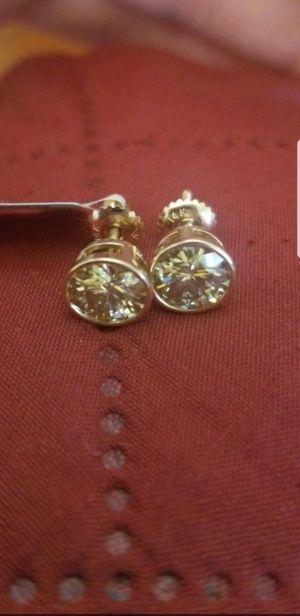 DAZZLING 14 KT 2 CT (1 CT EA) MOISSANITE EARRINGS for Sale in Perris, CA