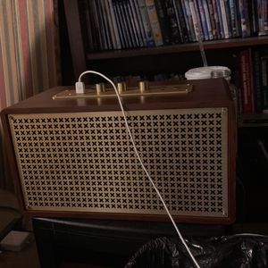 Amazon Basics Vintage Limited Edition Speaker 150$ for Sale in New Albany, IN