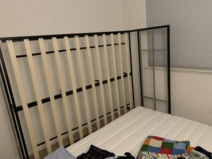 Queen bed for Sale in San Ramon, CA
