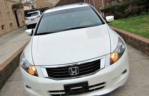 Gorgeus Sedan 2O10 Honda Accord FWDWheels Non Smoker for Sale in Columbia, SC