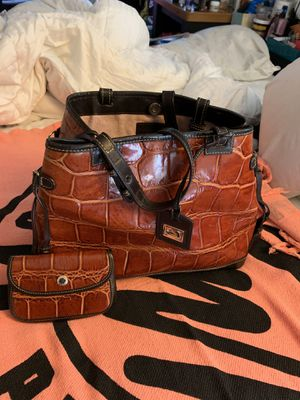 Women's leather purse with wallet for Sale in Chicago, IL