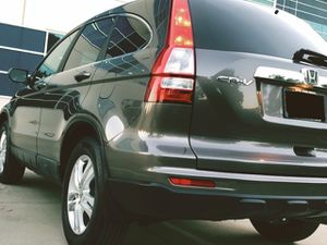 SELLING HONDA CRV 2010 4 CYLINDERS NEW BRAKES AND TIERS for Sale in Richmond, VA