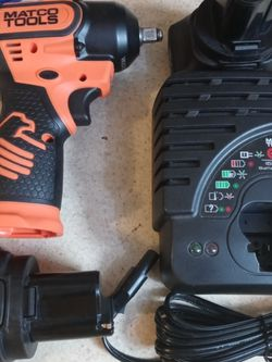 "16V CORDLESS INFINIUM™ 3/8"" DRIVE HIGH PERFORMANCE IMPACT WRENCH KIT - for Sale in Houston,  TX"