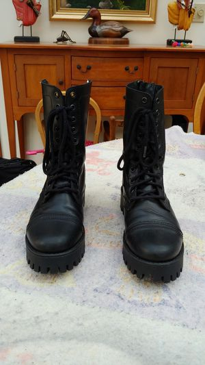 Steve Madden Olly Combat Boots for Sale in Snohomish, WA