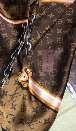 Louis Vuitton scarf for Sale in Woodbridge, VA