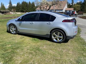 2013 Chevy volt hybrid for Sale in Stanwood, WA