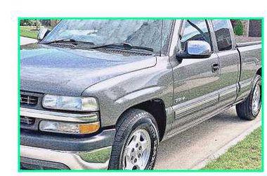 Priceֆ12OO 4WD CHEVY SILVERADO 4WD for Sale in Sacramento,  CA