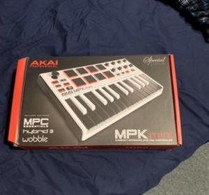 MPK mini AKAI for Sale in Queens, NY
