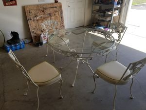 42 inch glass top table with chairs for Sale in Selma, CA