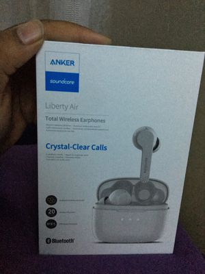 Brand new Totally Wireless Earbuds for Sale in Darnestown, MD
