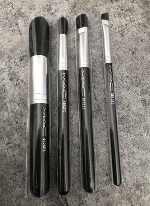 MAC makeup 4 brush set. 540SES, 462SES, 561SES, 545SES for Sale in Evesham Township, NJ