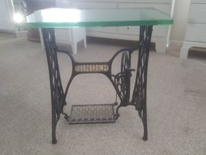 Antique Singer Sewing Table for Sale in Mystic Islands, NJ