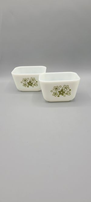 TWO Pyrex Spring Blossom Refrigerator Dish for Sale in Phoenix, AZ